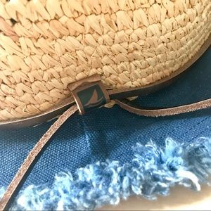 Sperry-Top Sider Accessories - NWOT Rare Sperry-Top Sider Bucket Hat d40fee4f1e21